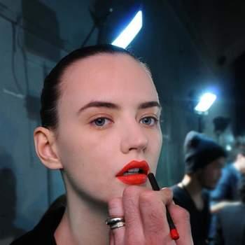 Foto MAC Cosmetics Facebook
