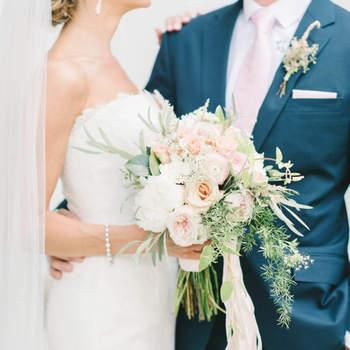 Bouquet de mariée fleurs blanches  Elizabeth Fogarty