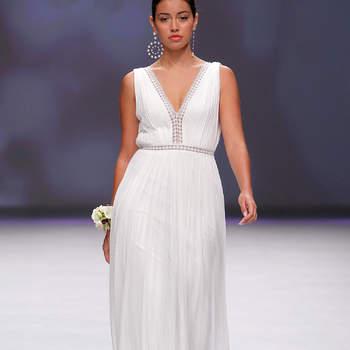 Aire Barcelona. Credits: Valmont Barcelona Bridal Fashion Week