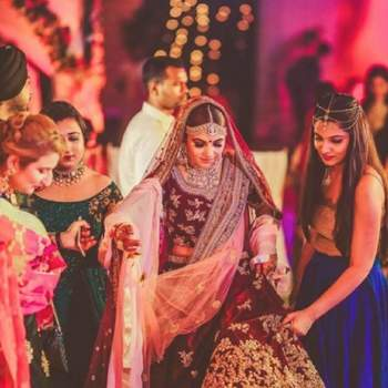 Every bride needs her bridesmaids to get through the madness of their wedding!