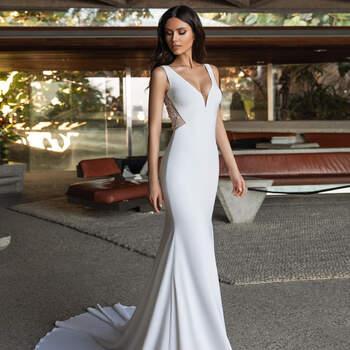 Créditos: Pronovias Cruise 2021 | Modelo do vestido: Durbin