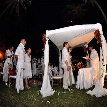 Este tipo de bodas celebradas en la costa regularmente son informales.