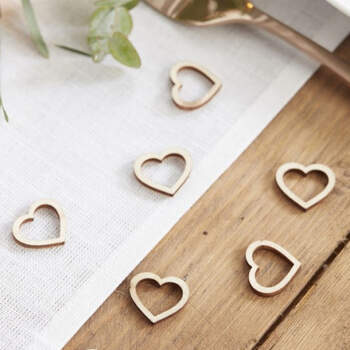 Corazones de madera decorativos 25 unidades- Compra en The Wedding Shop
