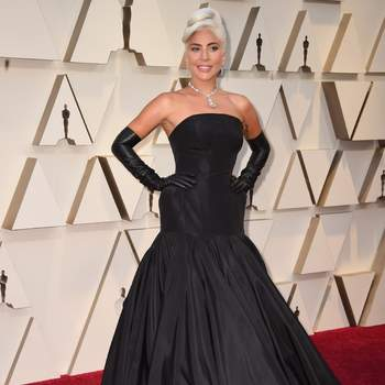 Lady Gaga com um desenho de Alexander McQueen e joias de Tiffany & co. / Cordon Press