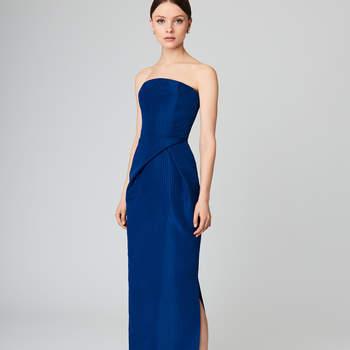 Moiré silk-faille gown. Credits- Oscar de la Renta