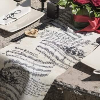 Rouleau De Table Musique Romantique - The Wedding Shop !