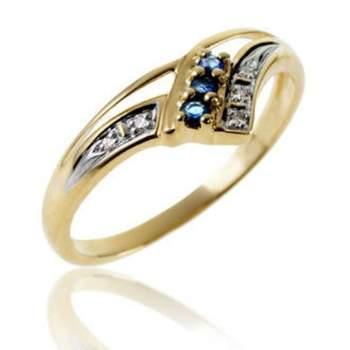 Bague or jaune, saphir. Crédit photo: Le manège à bijoux