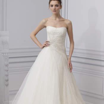 Volumineuse et délicate, telles sont les caractéristiques de cette robe Monique Lhuillier 2013.