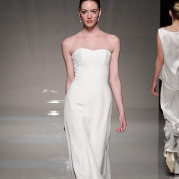 If you're looking for a wedding dress with no frills, literally, you're looking for a minimalist style and clean lines. That doesn't mean you have to go down the plainest of the plain route. You just need to look for immaculate cuts and let the material do the talking. Like with these dresses from the 2013 bridal collections! ©Stewart Parvin at White Gallery London
