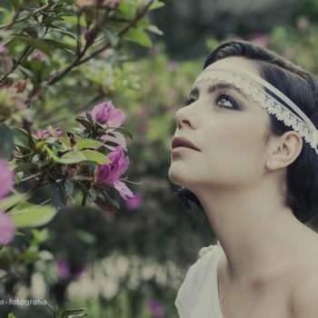 Cabelo de noiva preso | Credits: Carolina Vianna Fotografia