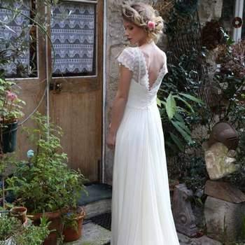 Robe de mariée intemporelle modèle Zelie - Crédit photo: Elsa Gary