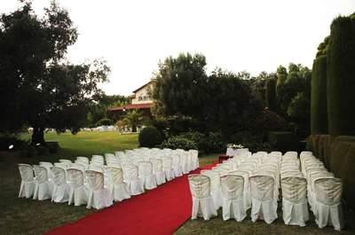 Celebra tu boda en los idílicos jardines de Torre del Pi: ¡elegancia y sofisticación!
