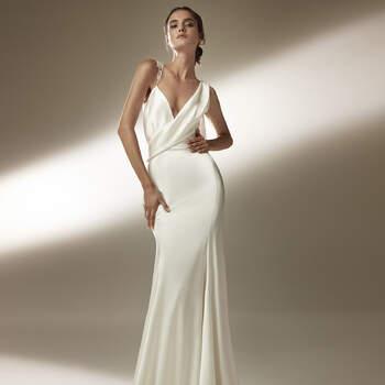 Créditos: Pronovias Cruise 2021 | Modelo do vestido: Jennifer