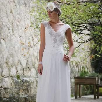 Robe de mariée intemporelle modèle Silex - Crédit photo: Elsa Gary
