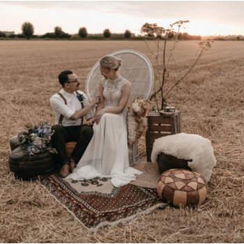 Bohemian styled wedding shoot met een touch of blue!   Foto: Renske Zwaan