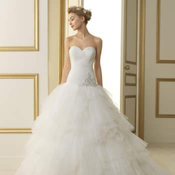 Wählen Sie Brautkleider im Prinzessinnen-Stil für einen pompösen Auftritt.