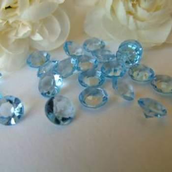 Diamants bleus clair - Crédit photo: Mariage Original