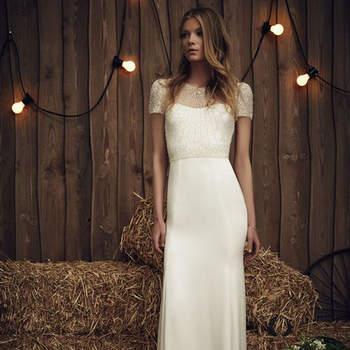 Un elegante y delicado diseño para lucir perfecta en tu día B. Un vestido de apariencia sencilla y de estilo minimalista que te hará brillar como nunca.
