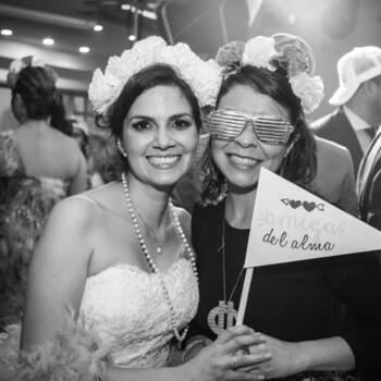 """Si planeas minuto a  minuto con <a href=""""https://www.zankyou.com.co/f/bridal-agency-colombia-538514"""" target=""""_blank"""">Bridal Agency</a> cada uno será una experiencia y tu boda quedará para siempre en tu memoria."""