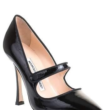 Zapatos negros para invitadas. Foto: Manolo Blahnik