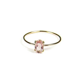 Anel rosa em ouro de  18k. Créditos: Small Branch