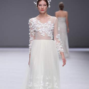 Esther Noriega | Credits: Valmont Bridal Fashion Week