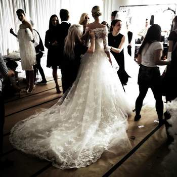 Diretamente da New York bridal week 2013, os vestidos de noiva Marchesa marcaram presença. Confira esses belíssimos vestidos de noiva e inspire-se para o seu!