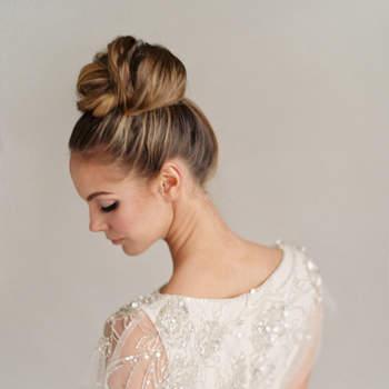 Photo : Hair and makeup girl