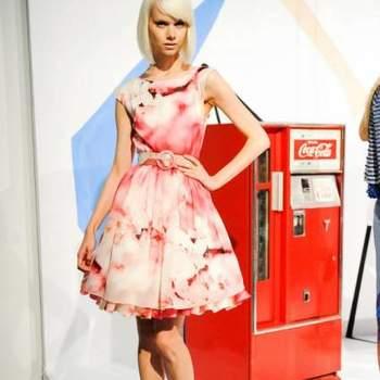 Quando somos convidadas para um casamento, logo pensamos em que roupa usar. Veja a coleção Alice + Olivia 2013 de vestidos de festa e inspire-se no que combina mais com seu estilo!
