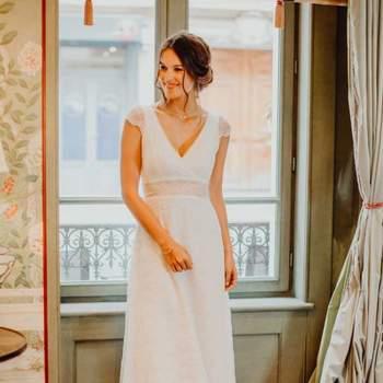 Robe de mariée romantique en dentelle modèle Lavande - Crédit photo: Elsa Gary