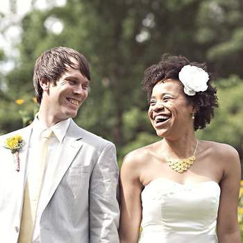 Use a criatividade e sugira ao seu noivo usar boutonnieres super diferentes e estilosas!