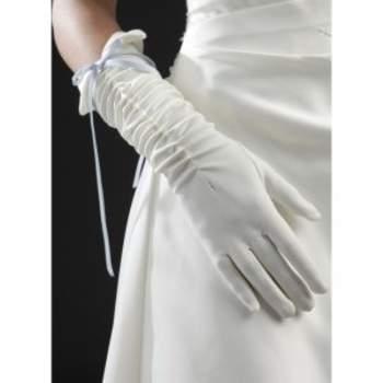 Gants de mariée  Morphée. Crédit photo : Mariage-pronoce