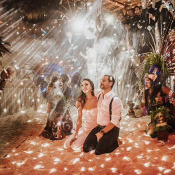 Wedding planner: Gwenaelle Grosset | Photographer: Beatatum Tulum Photographer