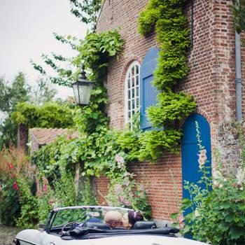 Precioso modelo descapotable de MG Rover. Foto: 2Rings Trouwfotografie y Feestudio