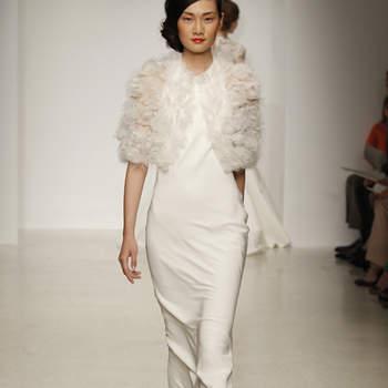Vestido de novia sencillo, estilo vintage con escote cisne