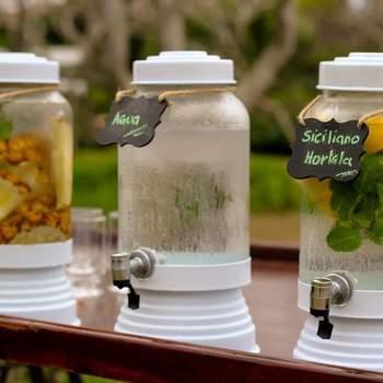Águas saborizadas para receber seus convidados