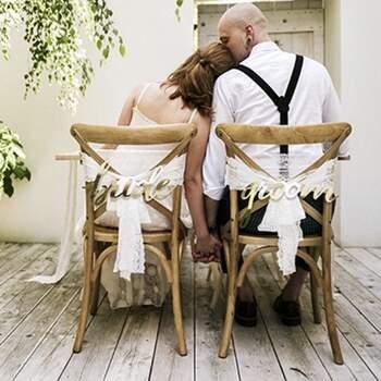 Décoration Pour Les Chaises Des Conjonts - Achetez sur The Wedding Shop !
