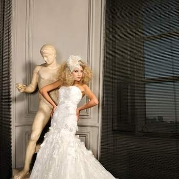 Robe de mariée Max Chaoul 2012, collection I Love You. Modèle Lavandou. Robe bustier taille basse. Source : Max Chaoul