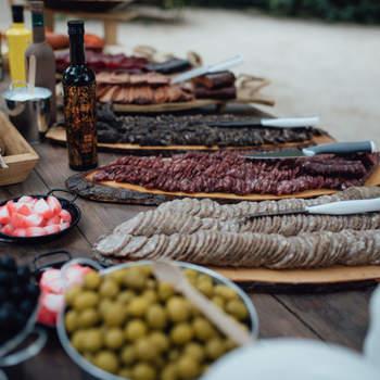 Колбасный стол. Фото: Kiwo