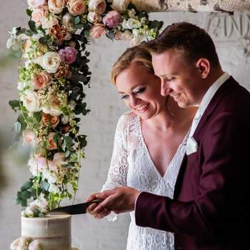 Bohemian Styled Wedding Shoot: Flowers Everywhere!   Foto: Angela Haas Fotografie