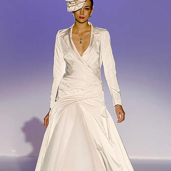 Robe de mariée d'hiver avec manteau à manches longues Cymbeline 2012