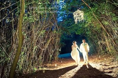 Sehe Sie hier Anzüge für Bräutigame – für eine trendige Hochzeit!