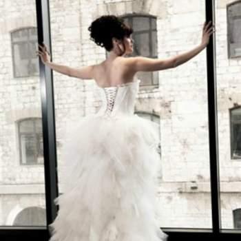 Robe de mariée Ballerine, Collection Mon Amour. Vue de dos. Crédit photo: Nathalie Elbaz Cleuet