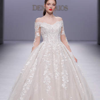 Demetrios. Credits: Valmont Barcelona Bridal Fashion Week