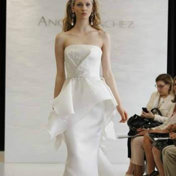 Vestido de noiva com saia peplum da colecção Angel Sanchez Primavera 2013