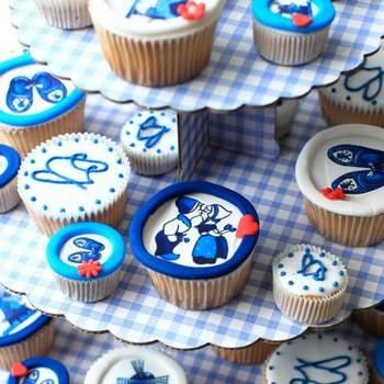 Colorés et à motifs enfantins, voilà des douceurs parfaites pour un buffet de mariage. Source : bestshot.nl