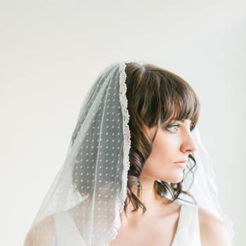 Credits: Melinda Rose Design via Etsy; Photos by Atlas & Elia Photography.