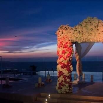 """Si no has encontrado el lugar para celebrar tu boda, <a href=""""https://www.zankyou.com.co/f/serendipity-celebraciones-684738"""" target=""""_blank"""">Serendipity Celebraciones</a> encontrará uno que esté relacionado con tu estilo y que resulte inolvidable para ti y los tuyos."""