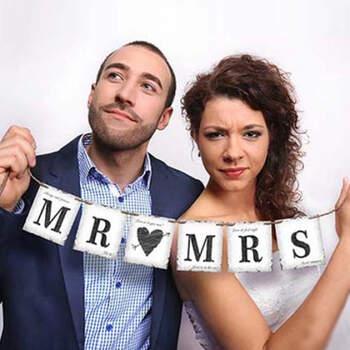 Guirnalda Sr. y Sra.- Compra en The Wedding Shop