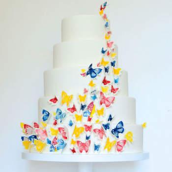 Inspiração para bolos de casamento originais e diferentes | Créditos: T Bakes